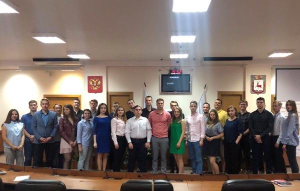 Участники партийного проекта «ПолитСтартап» учились работать с обращениями граждан