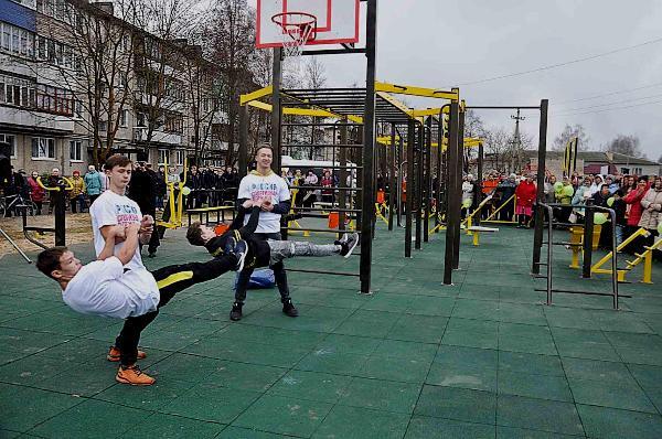 Комплексы для воркаута открылись в Спасском и Вознесенском районах