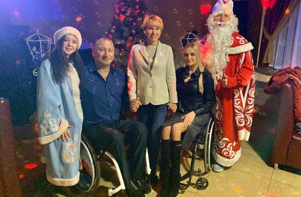 Ольга Никитина поздравила общественную организацию инвалидов-колясочников «ПараПлан»